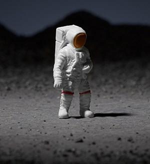 spaceman lunara