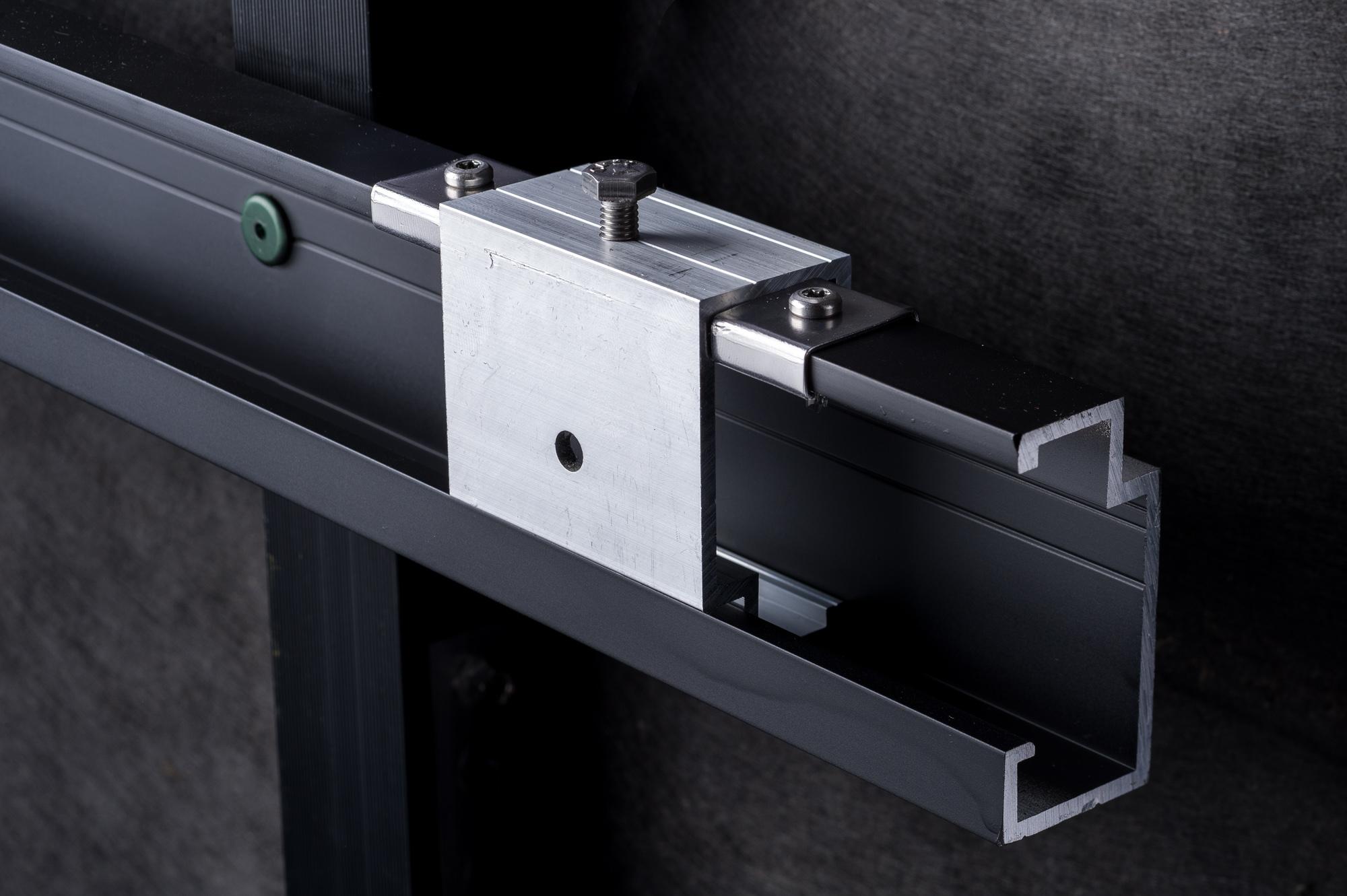 Equitone framing system